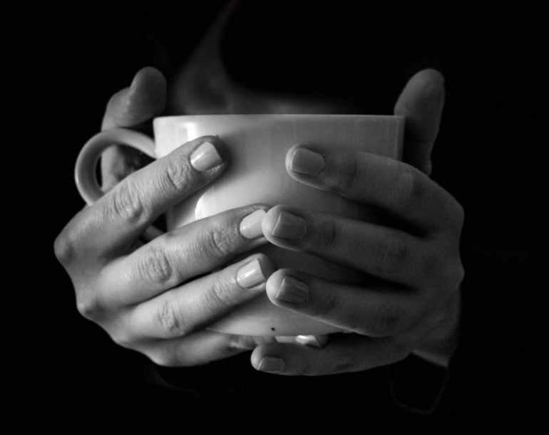 hands cup hot